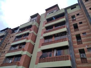 Apartamento En Ventaen Valencia, Campo Alegre, Venezuela, VE RAH: 21-15747