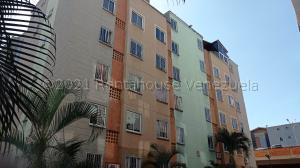 Apartamento En Ventaen Municipio San Diego, Terrazas De San Diego, Venezuela, VE RAH: 21-16771