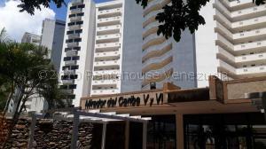 Apartamento En Ventaen Parroquia Caraballeda, La Llanada, Venezuela, VE RAH: 21-16454