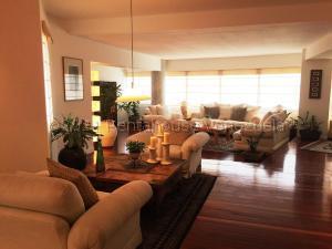 Apartamento En Ventaen Maracaibo, La Lago, Venezuela, VE RAH: 21-16457