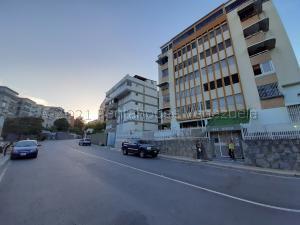 Apartamento En Ventaen Caracas, Cumbres De Curumo, Venezuela, VE RAH: 21-16479