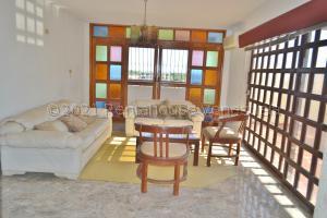 Apartamento En Ventaen Maracaibo, Zapara, Venezuela, VE RAH: 21-16453