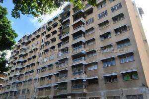 Apartamento En Ventaen Caracas, Bello Campo, Venezuela, VE RAH: 21-16903