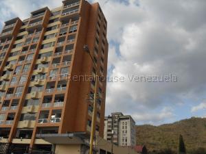 Apartamento En Ventaen Valencia, Lomas Del Este, Venezuela, VE RAH: 21-16500