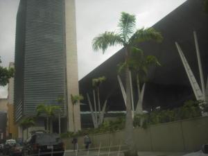 Oficina En Ventaen Caracas, Los Dos Caminos, Venezuela, VE RAH: 21-16493