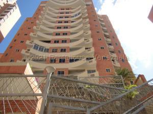 Apartamento En Ventaen Valencia, La Trigaleña, Venezuela, VE RAH: 21-17780