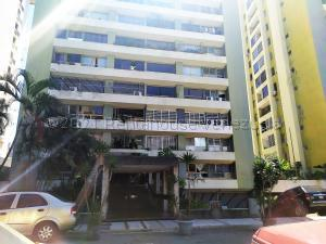Apartamento En Ventaen Caracas, Santa Fe Norte, Venezuela, VE RAH: 21-16738