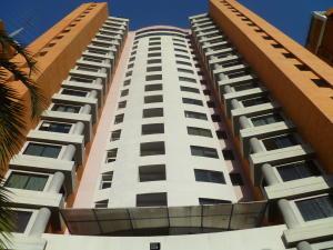 Apartamento En Ventaen Valencia, La Trigaleña, Venezuela, VE RAH: 21-16518