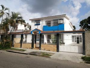 Casa En Ventaen Valencia, Trigal Sur, Venezuela, VE RAH: 21-16533