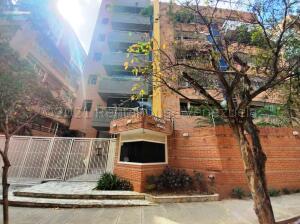 Apartamento En Ventaen Caracas, Campo Alegre, Venezuela, VE RAH: 21-16534