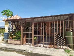 Casa En Ventaen Valencia, Tocuyito, Venezuela, VE RAH: 21-16951