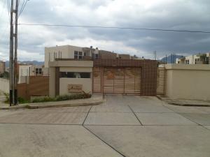 Townhouse En Ventaen Municipio Naguanagua, El Rincon, Venezuela, VE RAH: 21-16545