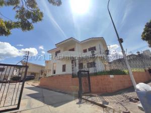 Townhouse En Ventaen La Victoria, Guaracarima, Venezuela, VE RAH: 21-16555