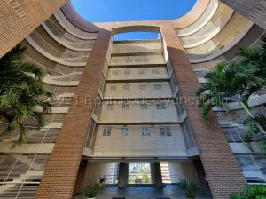 Apartamento En Ventaen Caracas, Lomas De Las Mercedes, Venezuela, VE RAH: 21-15525