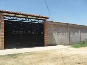 Terreno En Ventaen Municipio Libertador, El Encanto, Venezuela, VE RAH: 21-16423