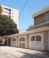 Apartamento En Alquileren Maracaibo, Indio Mara, Venezuela, VE RAH: 21-16652