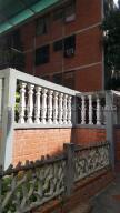 Apartamento En Ventaen Guatire, El Marques, Venezuela, VE RAH: 21-16668