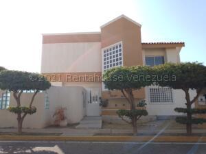 Townhouse En Ventaen Maracaibo, Doral Norte, Venezuela, VE RAH: 21-16719