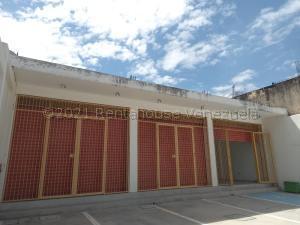 Local Comercial En Ventaen Guacara, Centro, Venezuela, VE RAH: 21-16708