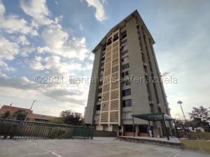 Apartamento En Alquileren Maracay, El Centro, Venezuela, VE RAH: 21-16709