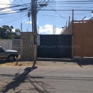 Local Comercial En Alquileren Maracaibo, Primero De Mayo, Venezuela, VE RAH: 21-16724