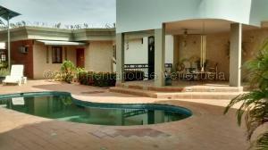 Casa En Ventaen Maracaibo, Lago Mar Beach, Venezuela, VE RAH: 21-16715