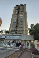 Apartamento En Alquileren Maracaibo, Las Delicias, Venezuela, VE RAH: 21-16755