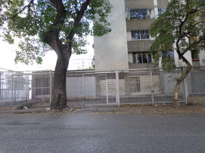 Galpon - Deposito En Ventaen Caracas, San Bernardino, Venezuela, VE RAH: 21-16787