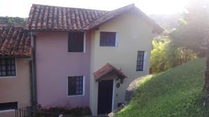 Casa En Ventaen Caracas, Monte Claro, Venezuela, VE RAH: 21-16783