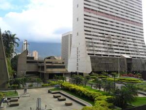 Apartamento En Ventaen Caracas, Parque Central, Venezuela, VE RAH: 21-16786