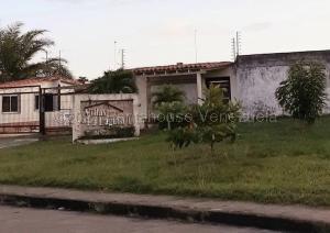 Casa En Ventaen Maturin, Tipuro, Venezuela, VE RAH: 21-16824