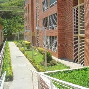Apartamento En Alquileren Caracas, El Encantado, Venezuela, VE RAH: 21-16813