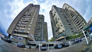 Apartamento En Ventaen Caracas, El Paraiso, Venezuela, VE RAH: 21-18745