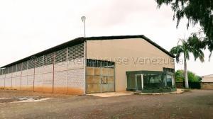 Galpon - Deposito En Alquileren Maracaibo, Zona Norte, Venezuela, VE RAH: 21-16858