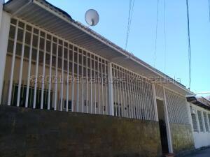 Casa En Ventaen Maracay, Caña De Azucar, Venezuela, VE RAH: 21-16860