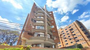 Apartamento En Ventaen Maracay, La Arboleda, Venezuela, VE RAH: 21-16861