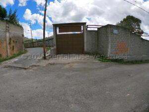 Apartamento En Ventaen Santa Lucia, Santa Lucia, Venezuela, VE RAH: 21-16863