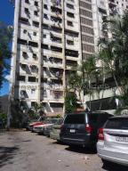 Apartamento En Ventaen Caracas, Caricuao, Venezuela, VE RAH: 21-16921
