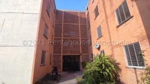 Apartamento En Ventaen Municipio San Diego, El Tulipan, Venezuela, VE RAH: 21-16885