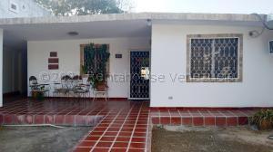 Casa En Ventaen Maracaibo, La Rotaria, Venezuela, VE RAH: 21-16948