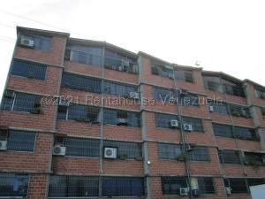 Apartamento En Ventaen Guarenas, Nueva Casarapa, Venezuela, VE RAH: 21-16946