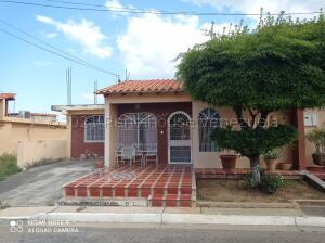 Casa En Alquileren Cabudare, Parroquia José Gregorio, Venezuela, VE RAH: 21-16949