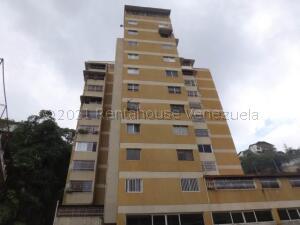 Apartamento En Ventaen Caracas, Colinas De Los Chaguaramos, Venezuela, VE RAH: 21-16945