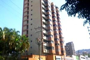 Local Comercial En Alquileren Valencia, Santa Cecilia, Venezuela, VE RAH: 21-16964