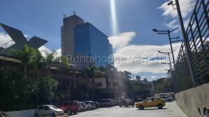 Local Comercial En Ventaen Caracas, Macaracuay, Venezuela, VE RAH: 21-17491