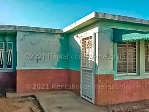 Casa En Alquileren Punto Fijo, Pedro Manuel Arcaya, Venezuela, VE RAH: 21-17028