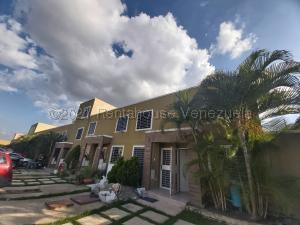Casa En Ventaen Cabudare, Caminos De Tarabana, Venezuela, VE RAH: 21-17172