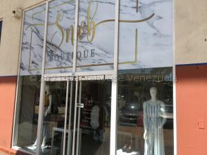 Local Comercial En Ventaen Margarita, Los Robles, Venezuela, VE RAH: 21-17045