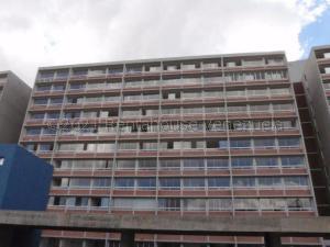 Apartamento En Ventaen Caracas, El Encantado, Venezuela, VE RAH: 21-17819