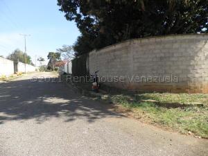 Terreno En Ventaen Valencia, Colinas De Guataparo, Venezuela, VE RAH: 21-17077